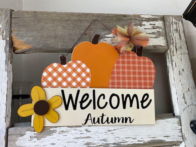 Welcome Autumn Pumpkin Sign